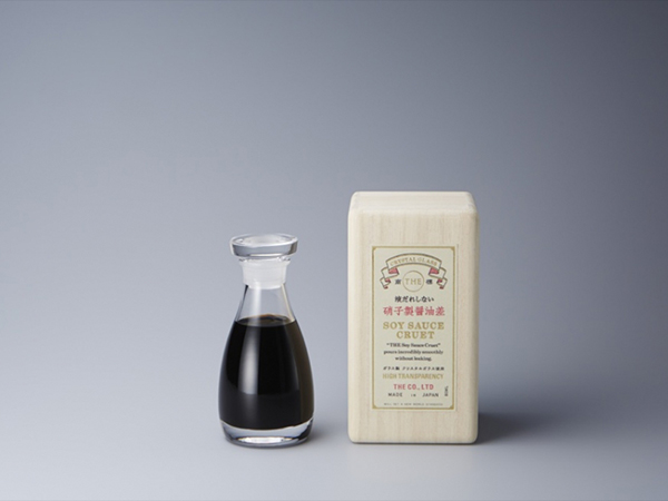 THE_SOY-SAUCE_1-940x611